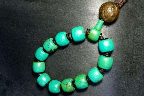 盘花的绿松石