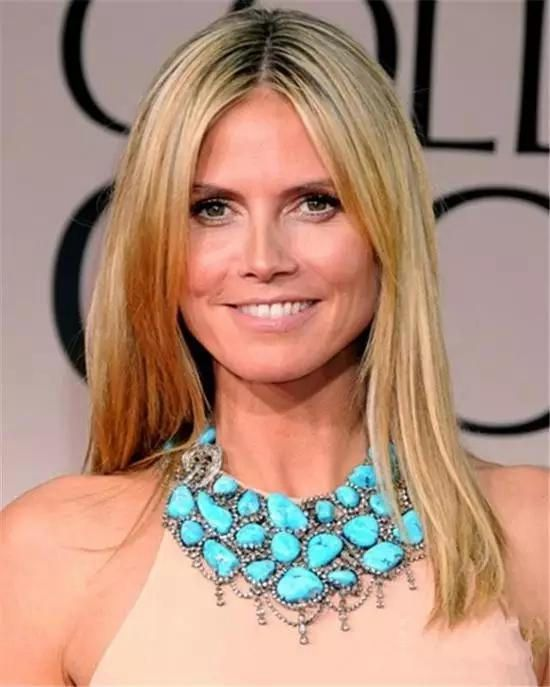 Heidi Klum的绿松石项链